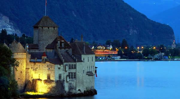 Castello-di-Chillon-Montreux-Vaud-Svizzera.-Author-Fawaz-Al-Arbash.-Licensed-under-Creative-Commons-Attribution-601x330