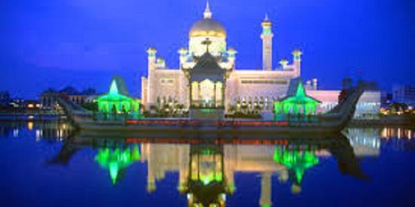 Brunei Bandar-Seri-Begawan-night