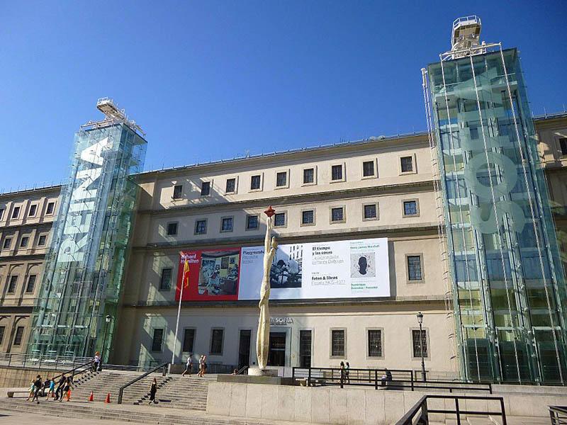 Madrid_-_Museo_Nacional_Reina_Sofía