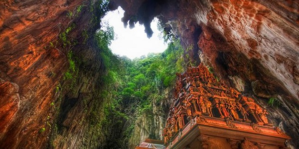 Malesia Grotte-di-Batu