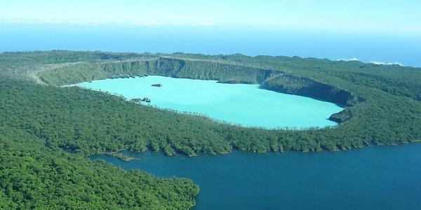 Vanuatu-Lago-Vui